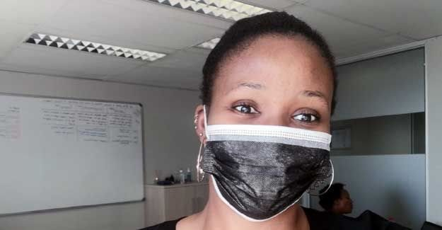 Nizenande with a mask on